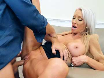 Emma Starr: Pretty Theft