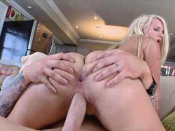 Layla Price: Hardcore anal for a big ass white girl
