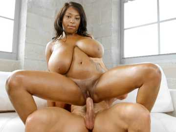 Arousing black girl with enormous tits Rachel Raxxx is hooked by white doniker